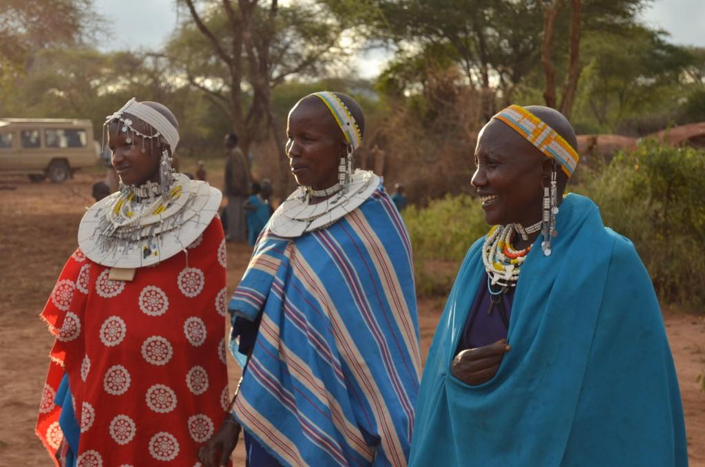 Masajské ženy se vdávají mezi 12 a 15 lety. Být ženou a matkou je jejich hlavní úloha